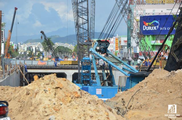 Việc xây những cây cầu vượt sẽ giúp cho giao thông đi lại của TP. Đà Nẵng dễ dàng hơn rất nhiều