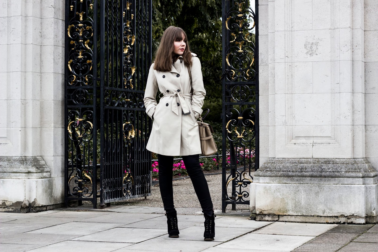 http://www.thewhimsicalwildling.com/2016/09/city-chic-conqueror.html