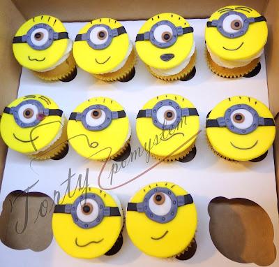 muffinki z minionkami