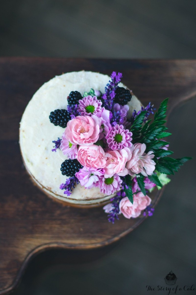 Lavender Cake Recipe - via BirdsParty.com