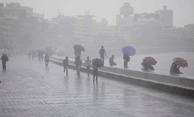 मुंबई शहर आणि उपनगरांना भरतीचा धोका