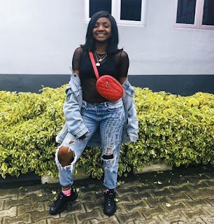 Simi Sets Instagram on Fire , As She Slays in Blue Distressed Jeans.