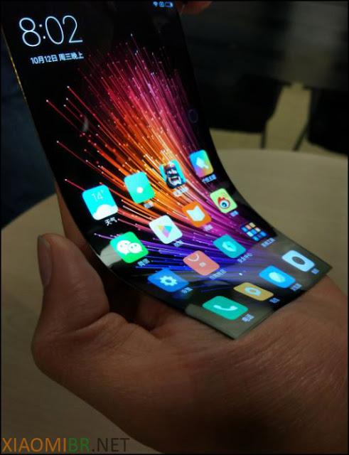 Celular com tela flexível da Xiaomi
