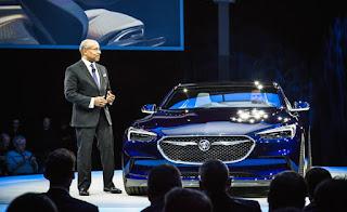 Buick-Avista-concept-show-floor-101-876x535
