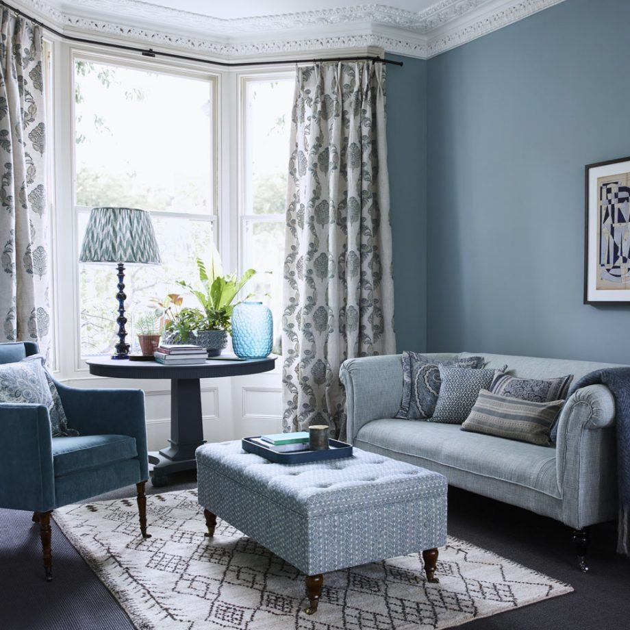 Rooms of Inspiration: Blue and Gray Living Room