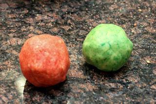 colored-dough