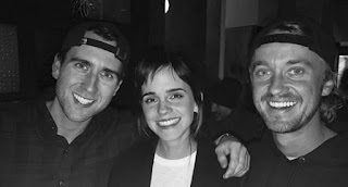 Tom Felton publica foto com Matthew Lewis e Emma Watson como 'colegas de escola' de Hogwarts | Ordem da Fênix Brasileira