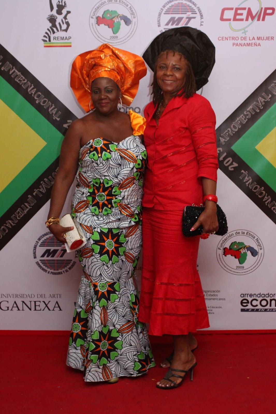 Vestido de mujer etnia negra