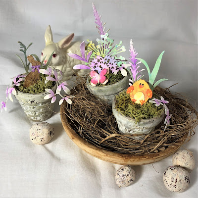Sara Emily Barker https://sarascloset1.blogspot.com/2019/03/tiny-easter-table-decor.html Easter Table Decor Tim Holtz Sizzix Wildflower Stems Springtime Side-Order 9