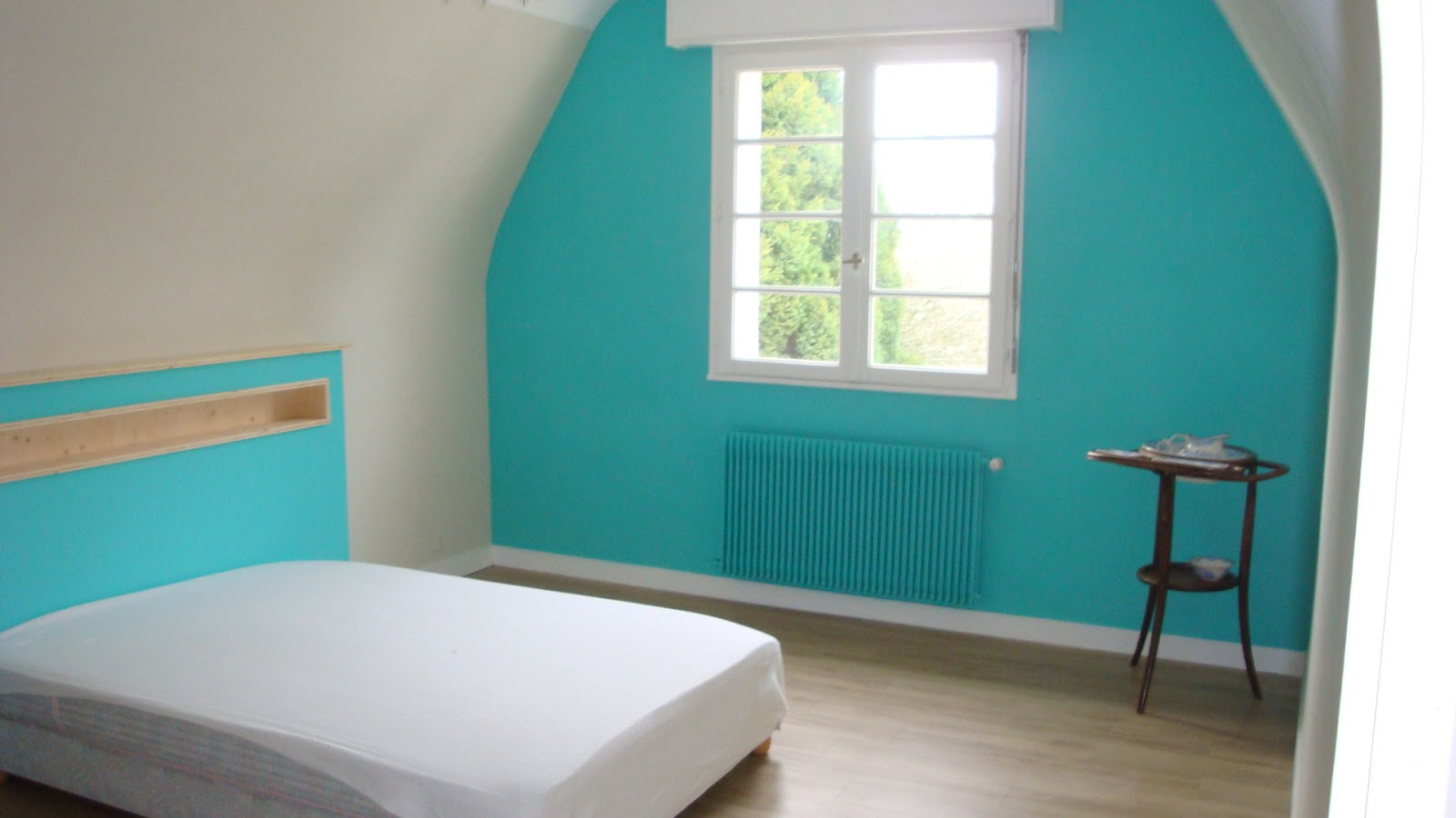 michel le coz agencement d coration chambre et t te de lit turquoise. Black Bedroom Furniture Sets. Home Design Ideas