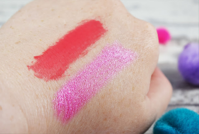Collection DeLuxe Lip Lacquer in Show Off Swatch