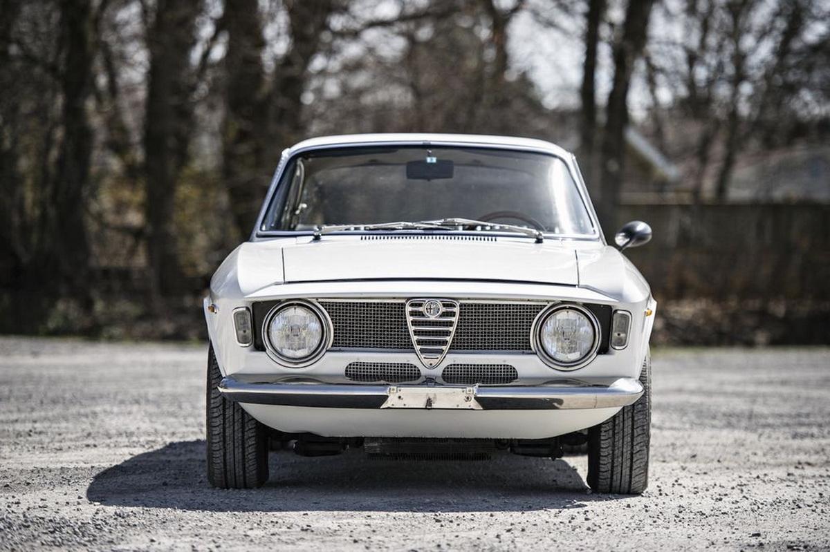 AlfaRomeo-GTA1300JuniorStradale-07.jpg