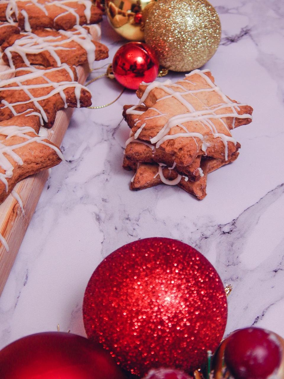3 Pierniczki inaczej, prosty szybki, łatwy przepis na pierniki ciastka kruche, świąteczne ciastka, ciastka na choinkę jak zrobić pierniki ciastka gwiazdki, blog kulinarny łódź, lifestyle melodylaniella