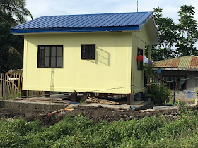 Are you looking for affordable housing and affordable home designs and builders? We bump on this Mindanao based builder of modular houses and prefabricated concrete and they can build your house, in a day, 3 days or a week! Another great news, it's also affordable, living homes as low at P240,000, P420,000 and P620,000 according to our their quotation. Browse the images and details of some of the beautiful small house design with house floor plans. You can even design your own house floor plans or build with add-ons according to your desires and needs.