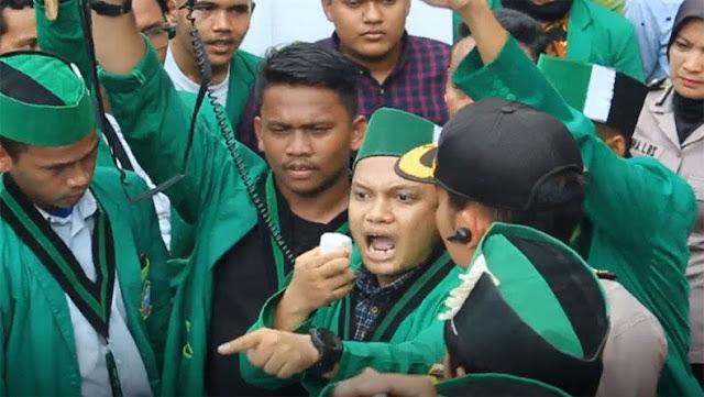 Rupiah Anjlok, HMI: Jokowi Tidak Pantas Jadi Presiden