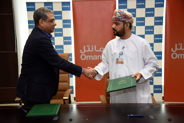 Premkumar Seshadri, Executive Vice-Chairman & MD, HCL Infosystems (L) and Talal Said Al-Mamari, CEO of Omantel -II (1)