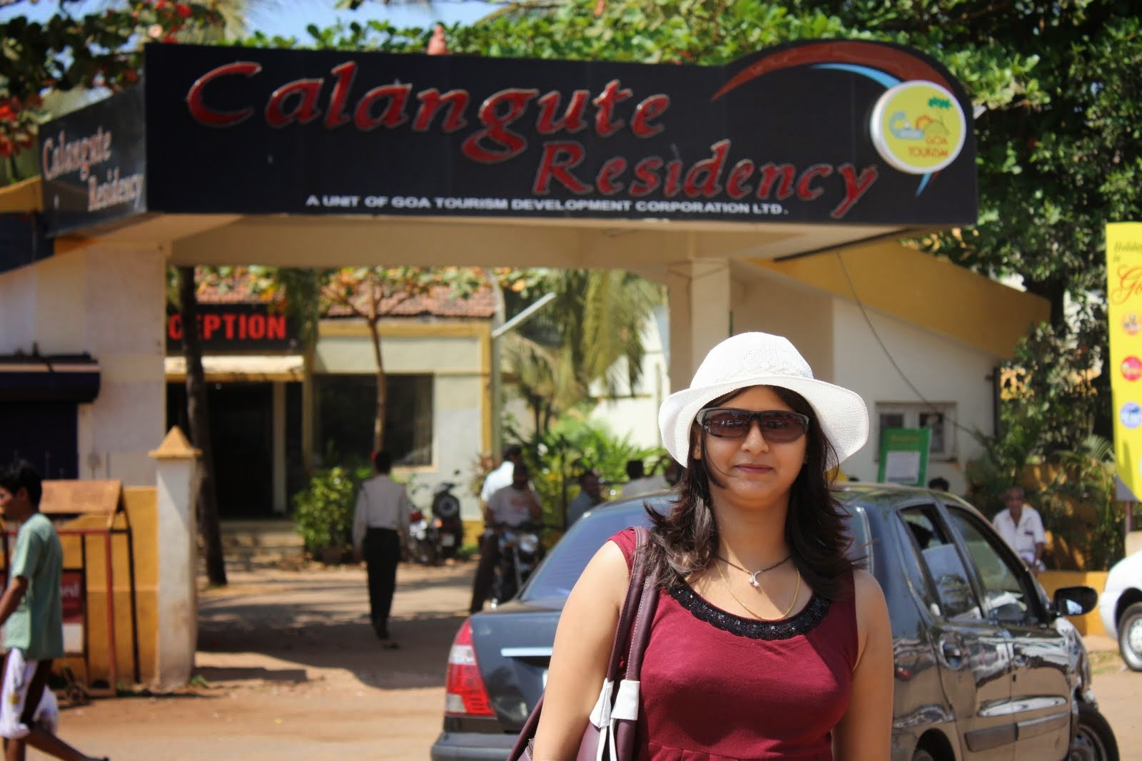 Indian Hot Newly Married Girls On Honeymoon Trip Pictures -3853