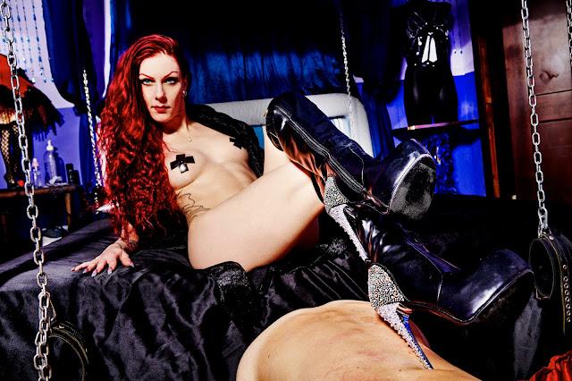 Studio BDSM Adorazine padrona
