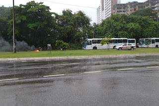 Manifestantes desbloqueiam rotatória da UFPB nesta manhã