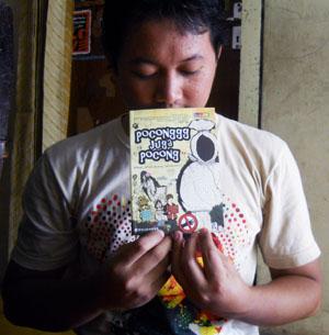 Novel Poconggg belinya di Indomaret 23 September 2011