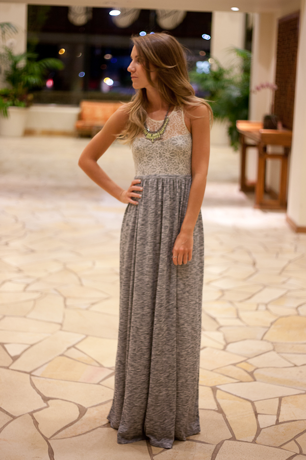 Maxi – Hawaii Outfit 4 & Beach Vacation Essentials