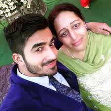 Navdeesh Arora Family Wife Son Daughter Father Mother Age Height Biography Profile Wedding Photos