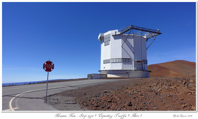 Mauna Kea: Stop sign? Expecting Traffic? Here?