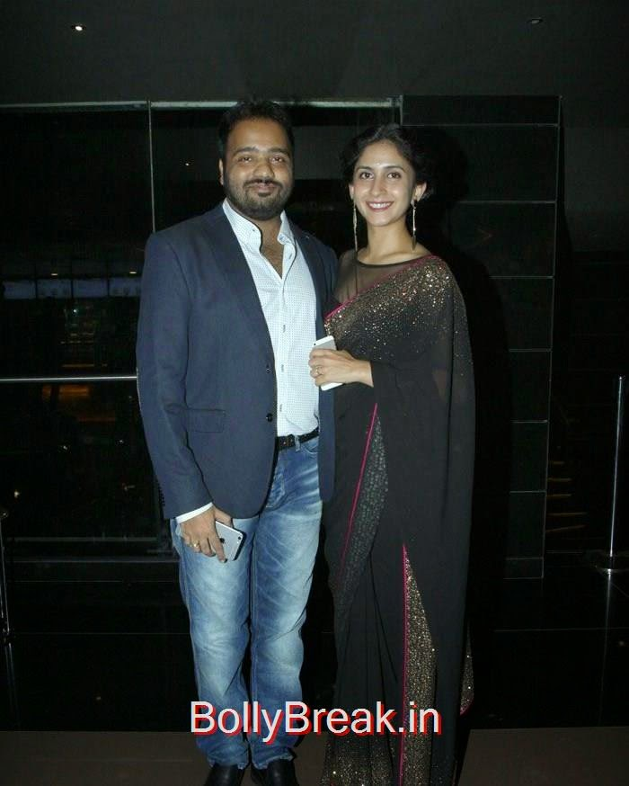 Nikhil Mahajan, Mrunmayee Mahajan, Pics from 'Baji' Marathi Movie Premier Photo Gallery