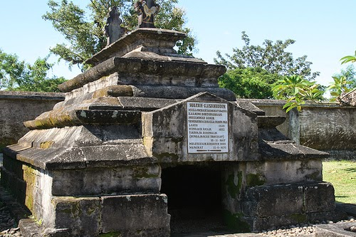 Flashback To Know History Akulturasi Tradisi Lokal Hindu Buddha