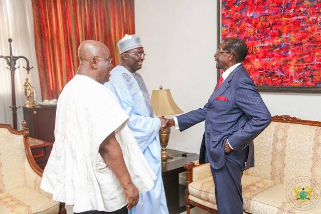 President Akufo-Addo of Ghana (L), Vice Dr. Bawumia and President Robert Mugabe of Zimbabwe (R)
