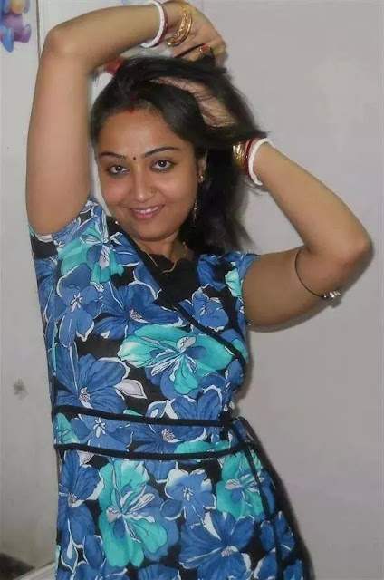 Marathi Bhabhi Hot And Cute Photos  Home  Hot And Sexy
