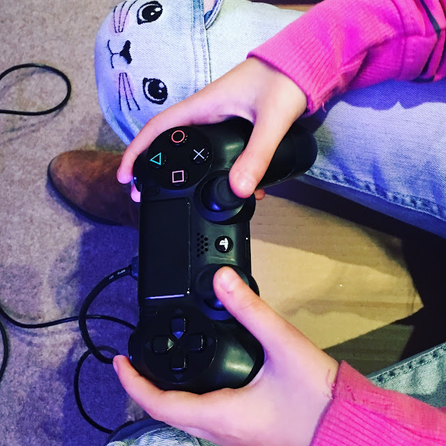 gaming, PS4 controller