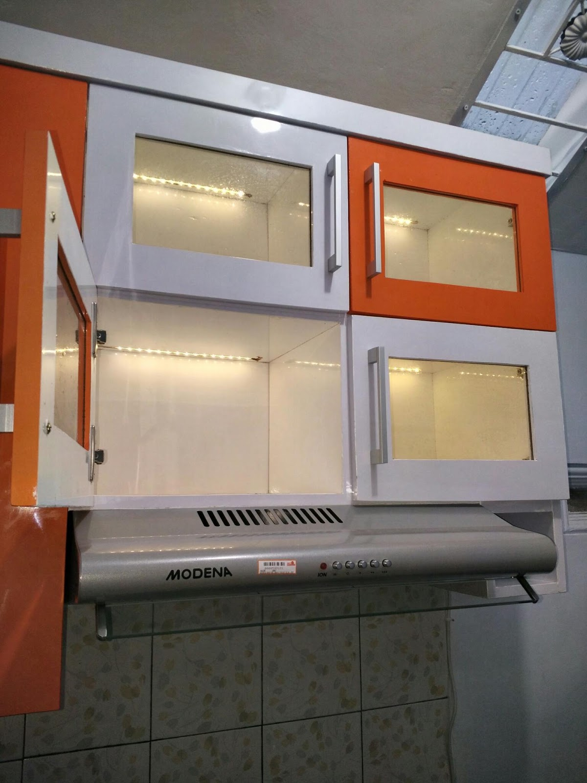 kitchen set minimalis warna orange kitchen set minimalis