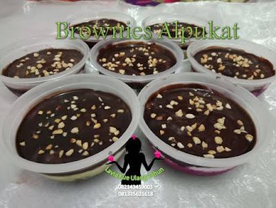 Brownies Alpukat Lavia 081335631618