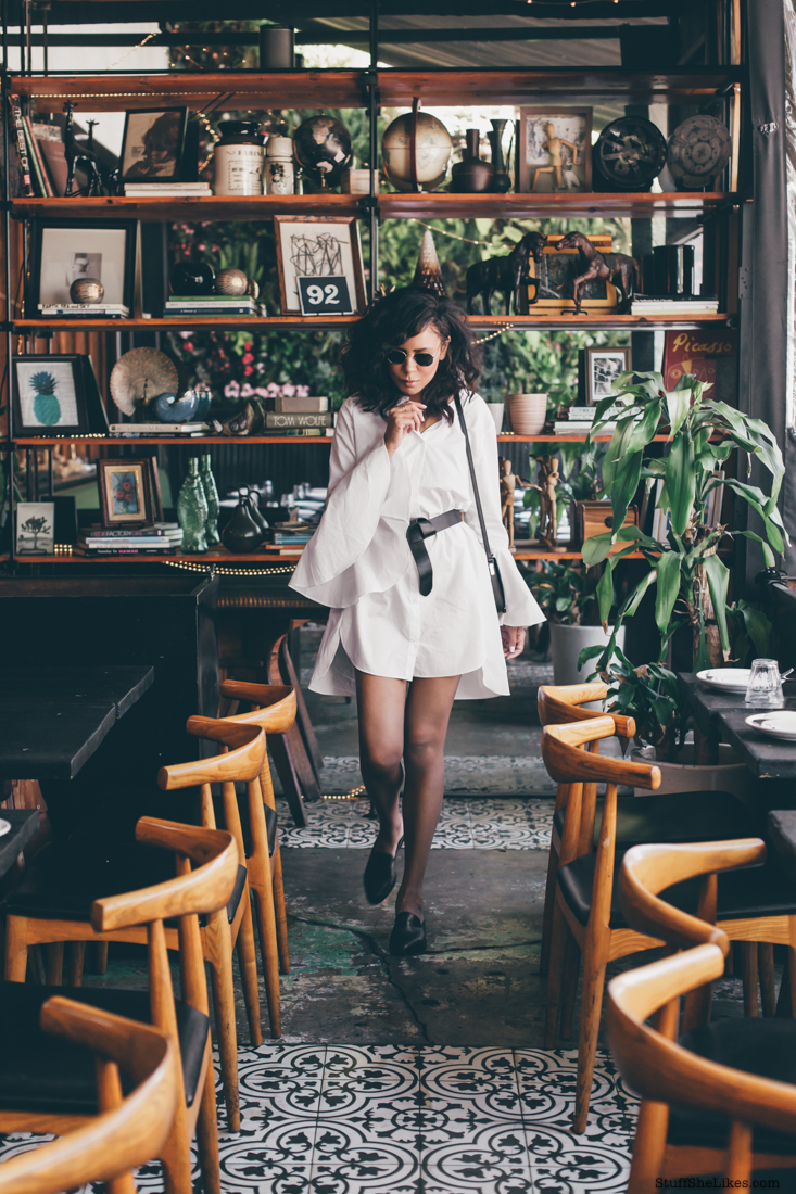 Happy Hour, white dress, bell Sleeves, los angeles, taye hansberry, top fashion blogger, best fashion blogger, bloglovin awards, rayban,