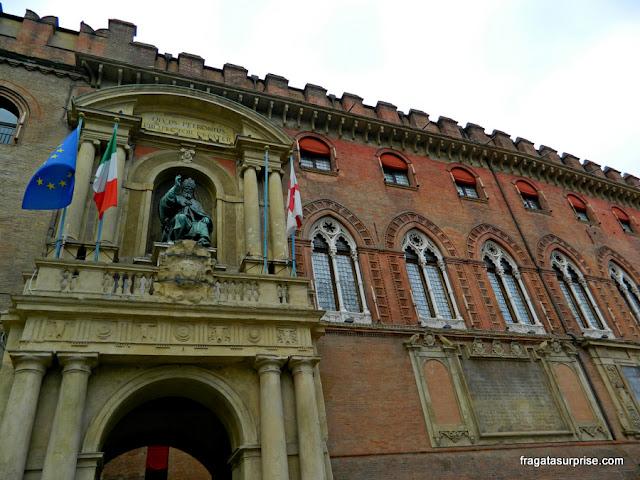 Detalhe da fachada do Palazzo d'Accursio