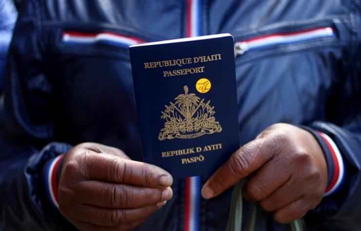 Bahamas suspende visados a haitianos hasta nuevo aviso
