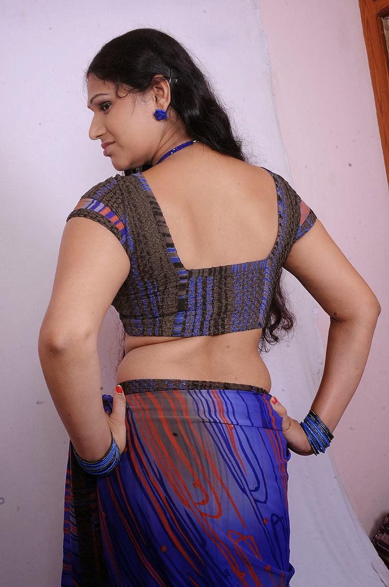 Facebook Auntys Tamil Hot Aunty Sexy Back Still
