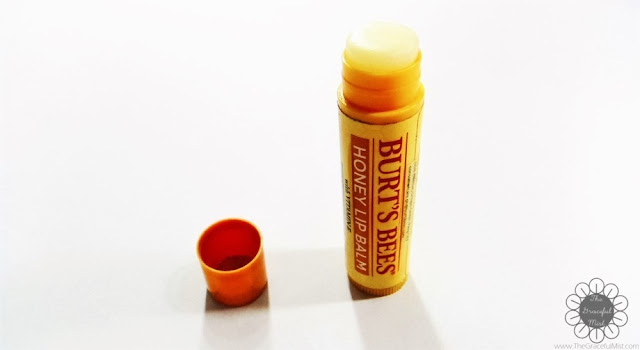 Burt`s Bees Lip Balms - Product Review and Top Picks - Honey Lip Balm with Vitamin E (http://www.thegracefulmist.com/2016/10/Burts-Bees-Philippines-Natural-Lip-Balms-Products-Reviews-SampleRoomPh.html)