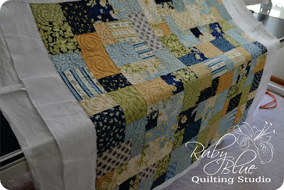 Machine Quilting: Pretty Blues