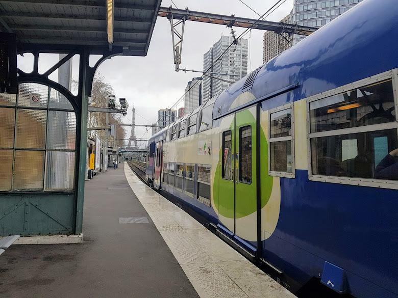 RER 火車列車