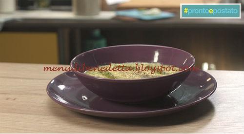 Pronto e postato - Vellutata di asparagi e mimosa d'uovo ricetta Benedetta Parodi