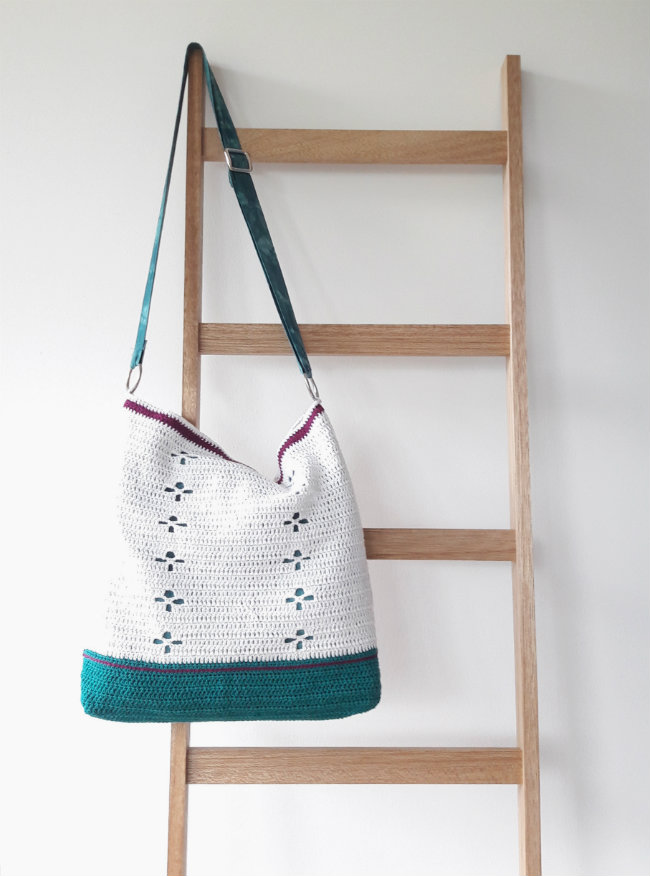 Funky Fifties Bag: crochet pattern by Happy in Red