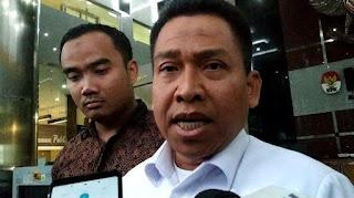 Saat ini, jabatan Sekjen Kemenag ditempati Nur Kholis Setiawan. Pada saat yang sama, Nur Kholis juga merupakan Plt Irjen Kemenag.