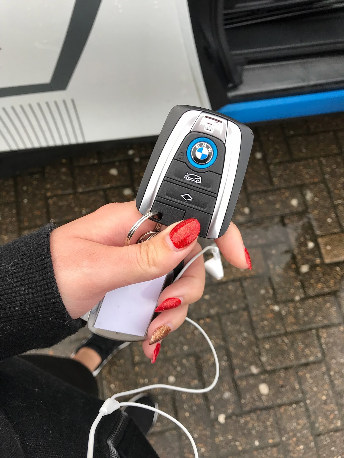 White BMW i3 Electric Car key fob