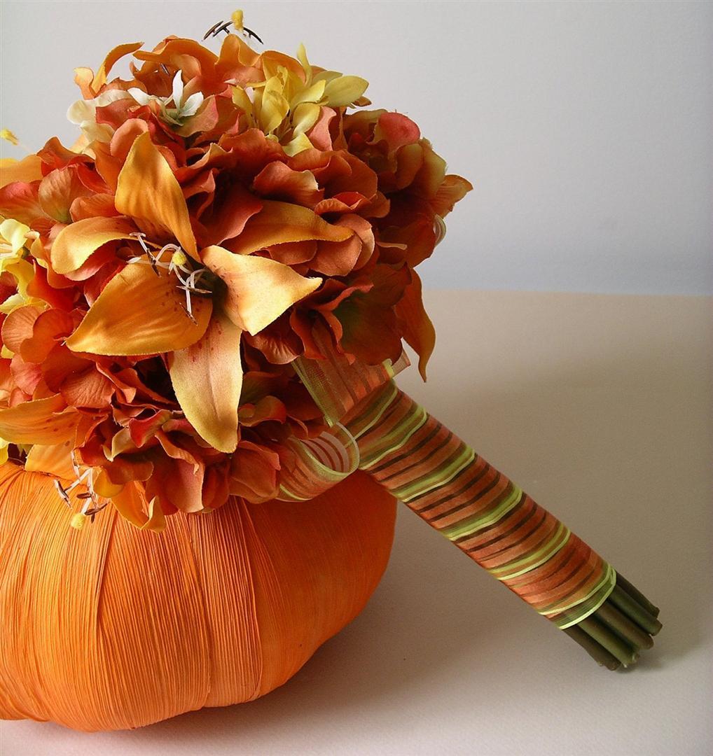 25 Autumn Inspired Wedding Flowers: Mojih 40+...: LJILJAN