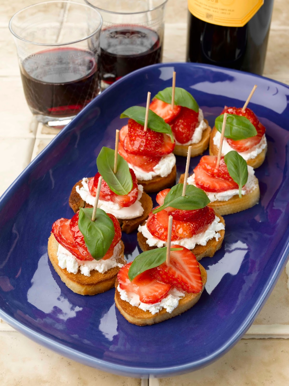 BerryWorld Strawberry And Goats' Cheese Pinchos