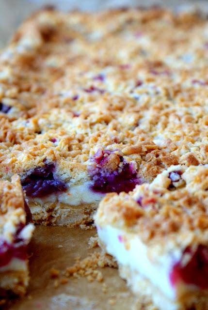 kruche ciasto z pianką,kruche ciasto z budyniową pianką i owocami,łatwe kruche ciasto,ciasto kruche które wyjdzie,jak zrobić kruche ciasto,