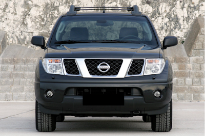 Eksterior Nissan Frontier Navara Prefacelift