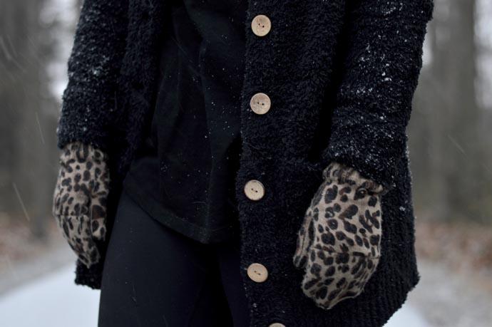 leopard-gloves-mittens